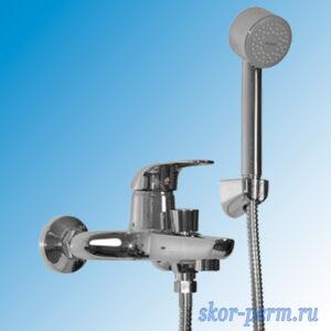 Смеситель  MIXLINE  ML05-01  д/ванны 40к